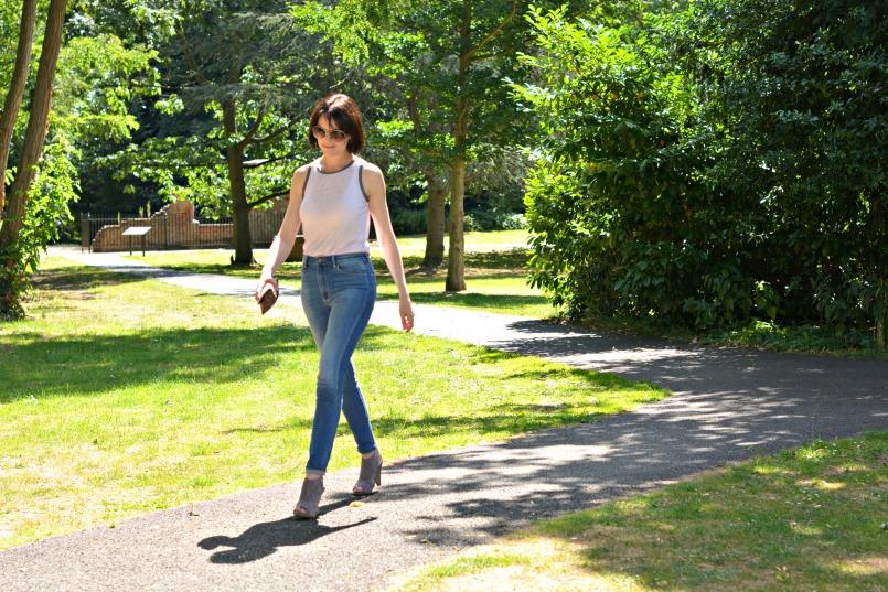 neuw denim mid rise skinny vintage jeans maje vest top sigerson morrison shoes
