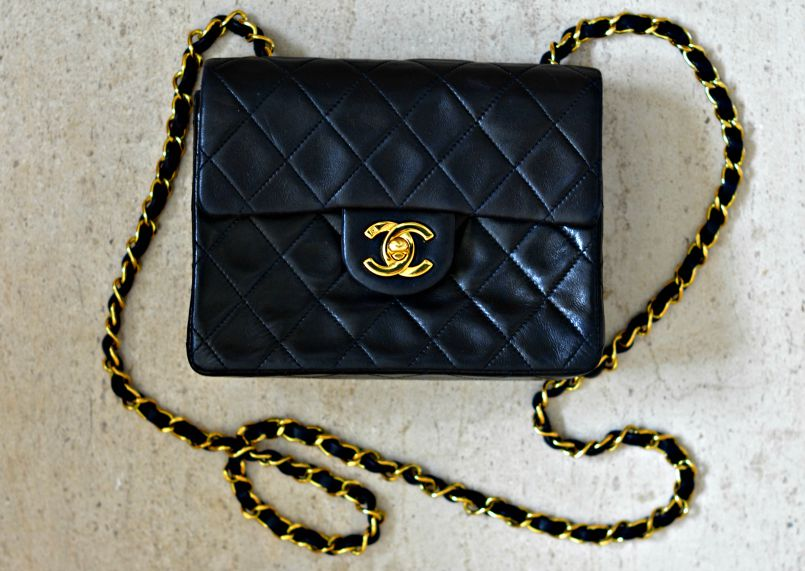 50bee573f241 Buying a Vintage Chanel Bag on Ebay