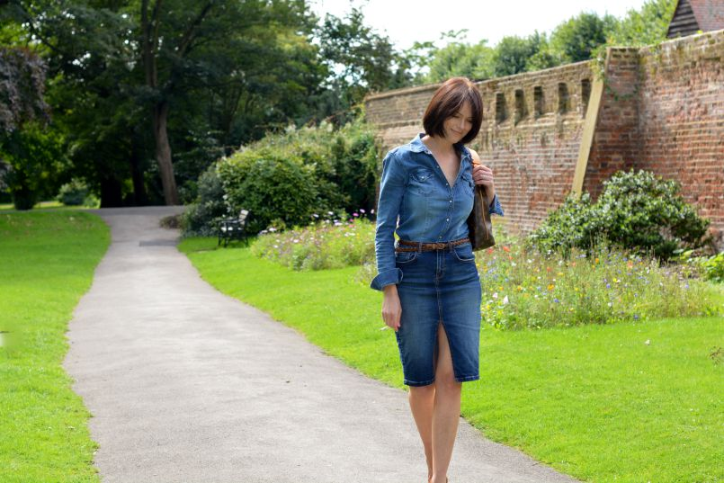 Denim shirt H&M | Denim pencil skirt River Island | Plaited tan leather skinny belt | Louis Vuitton Sully bag