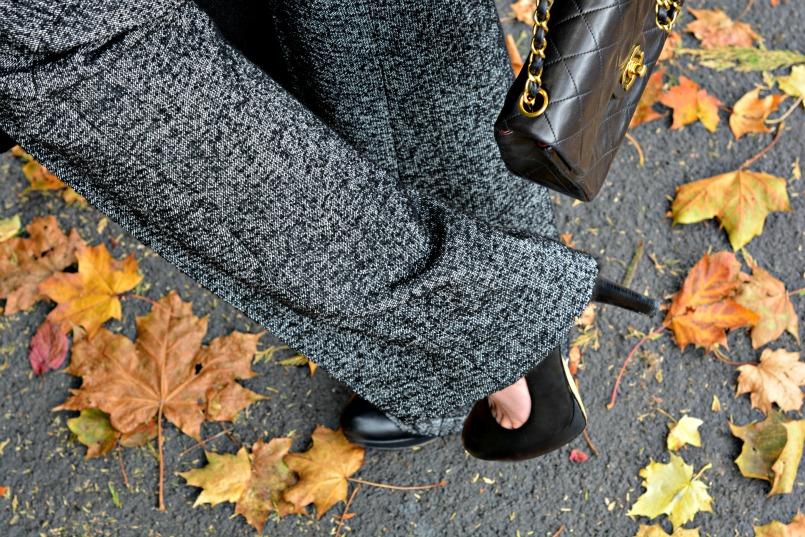 Zara wool trousers   Chanel 2.55 mini bag   Banana Republic black pumps