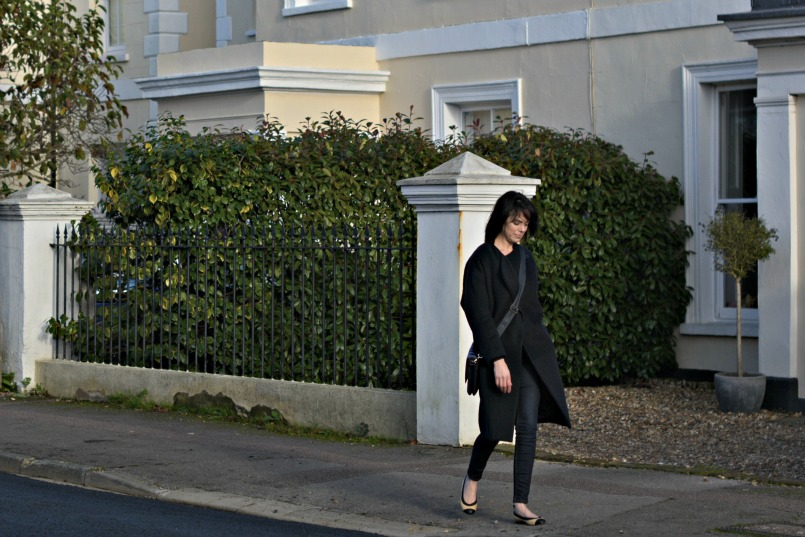 Maje dark navy coat | French Connection navy belted cardigan | Whistles super skinny stretch dark enim jeans | Chanel CC black toe ballet flats | Anya Hindmarch cross body bag