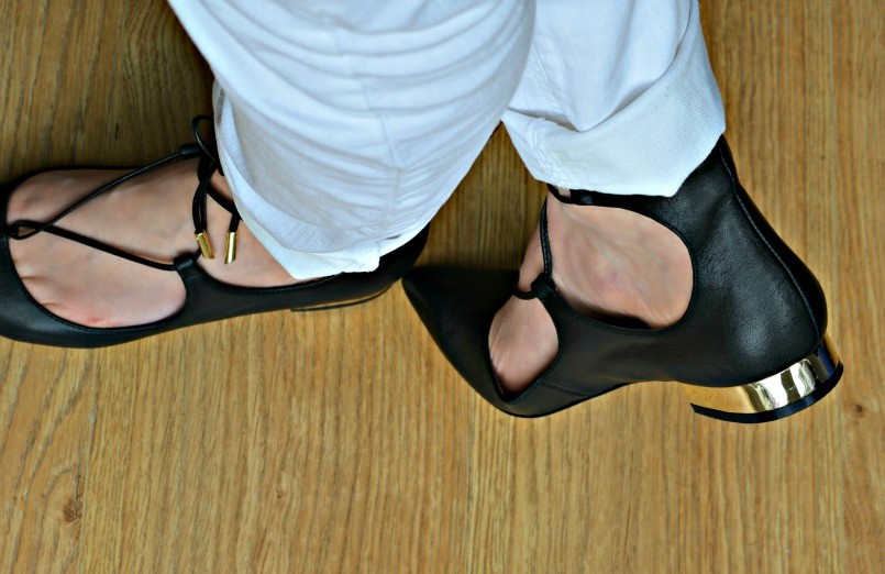 Jessica Buurman lace up ballet flats