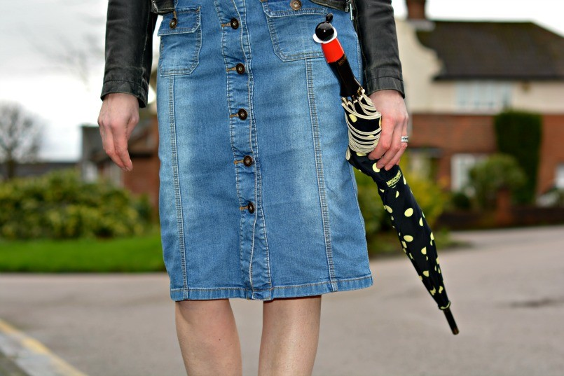 Thrifted button through denim pencil skirt