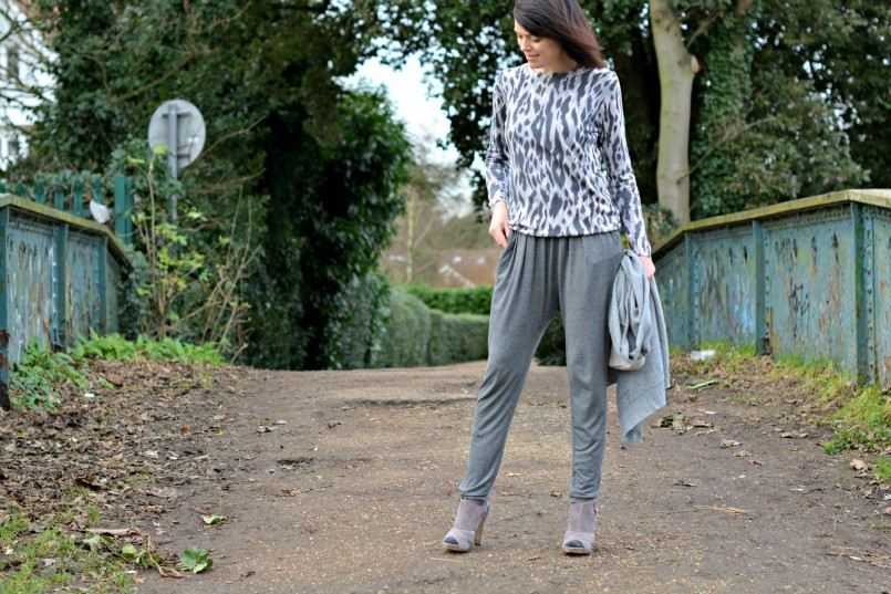 purple & grey leopard print jumper over grey jumpsuit | sandals with socks