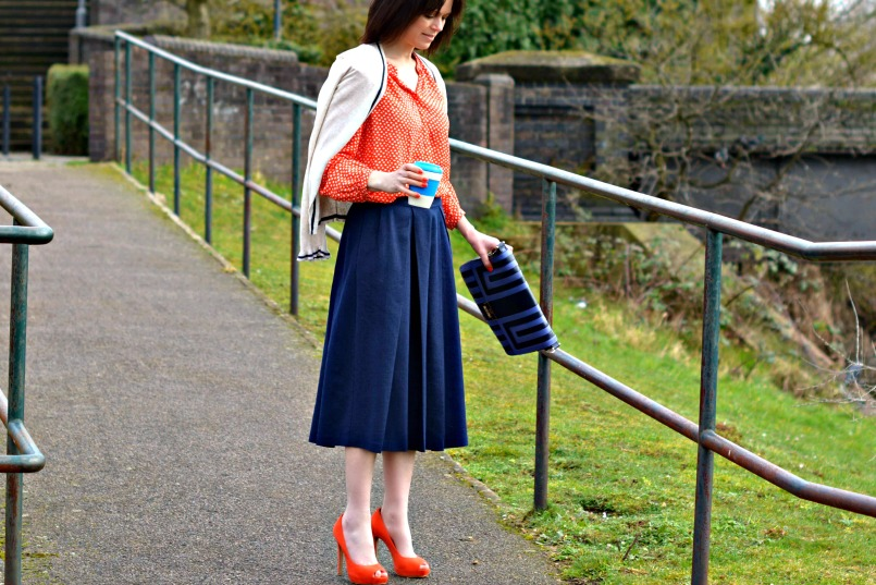what to wear with a navy skirt michelletyler