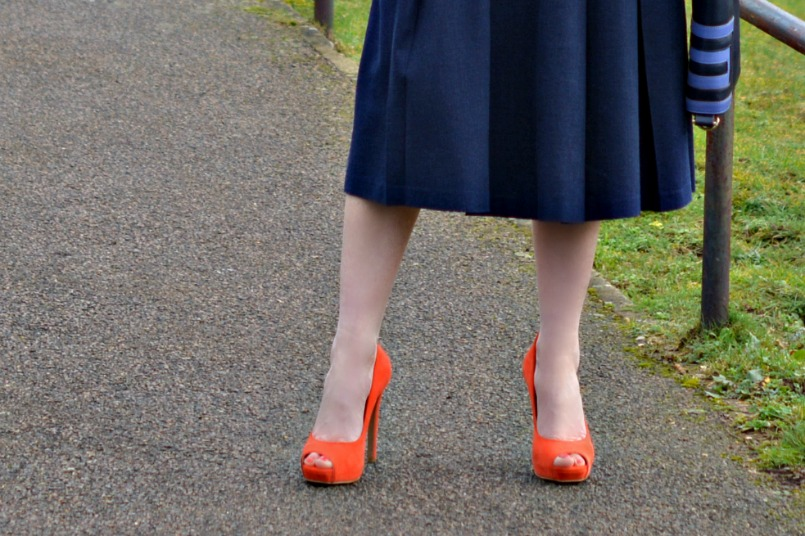 Whistles orange platform pumps