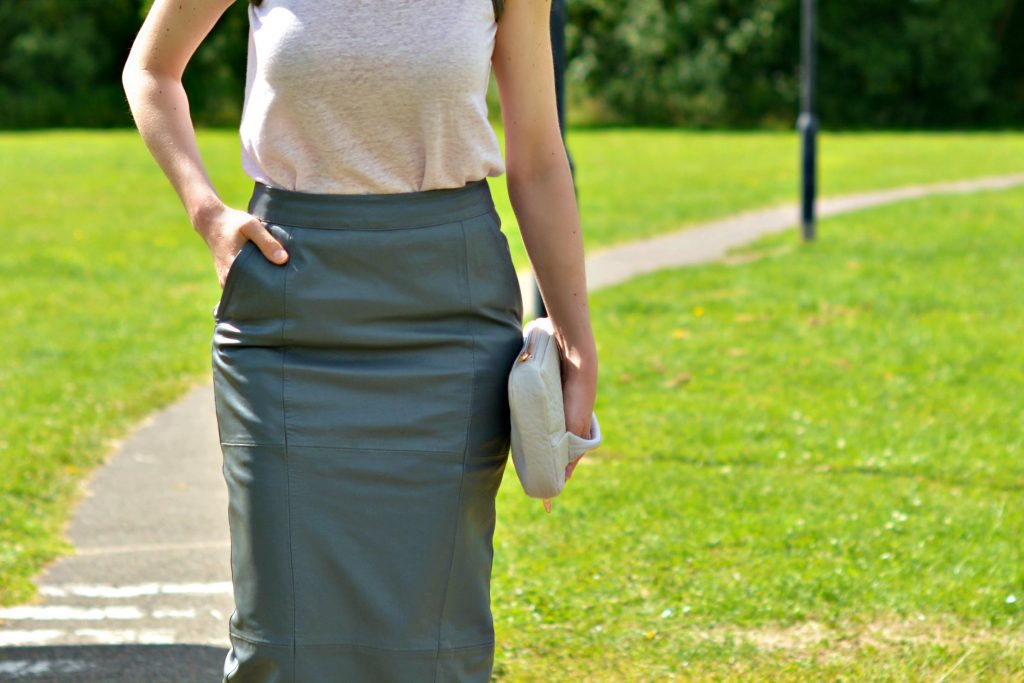 How to wear a grey leather midi pencil skirt over 40 | Urbancode London leather skirt | Alexander Wang Dumbo clutch bag
