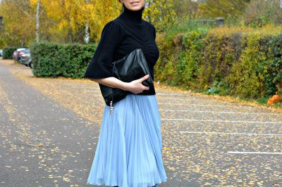 How to wear a pleated skirt for Winter