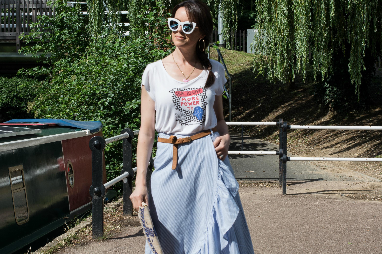 blue-pinstriped-cotton-skirt-white-sunglasses