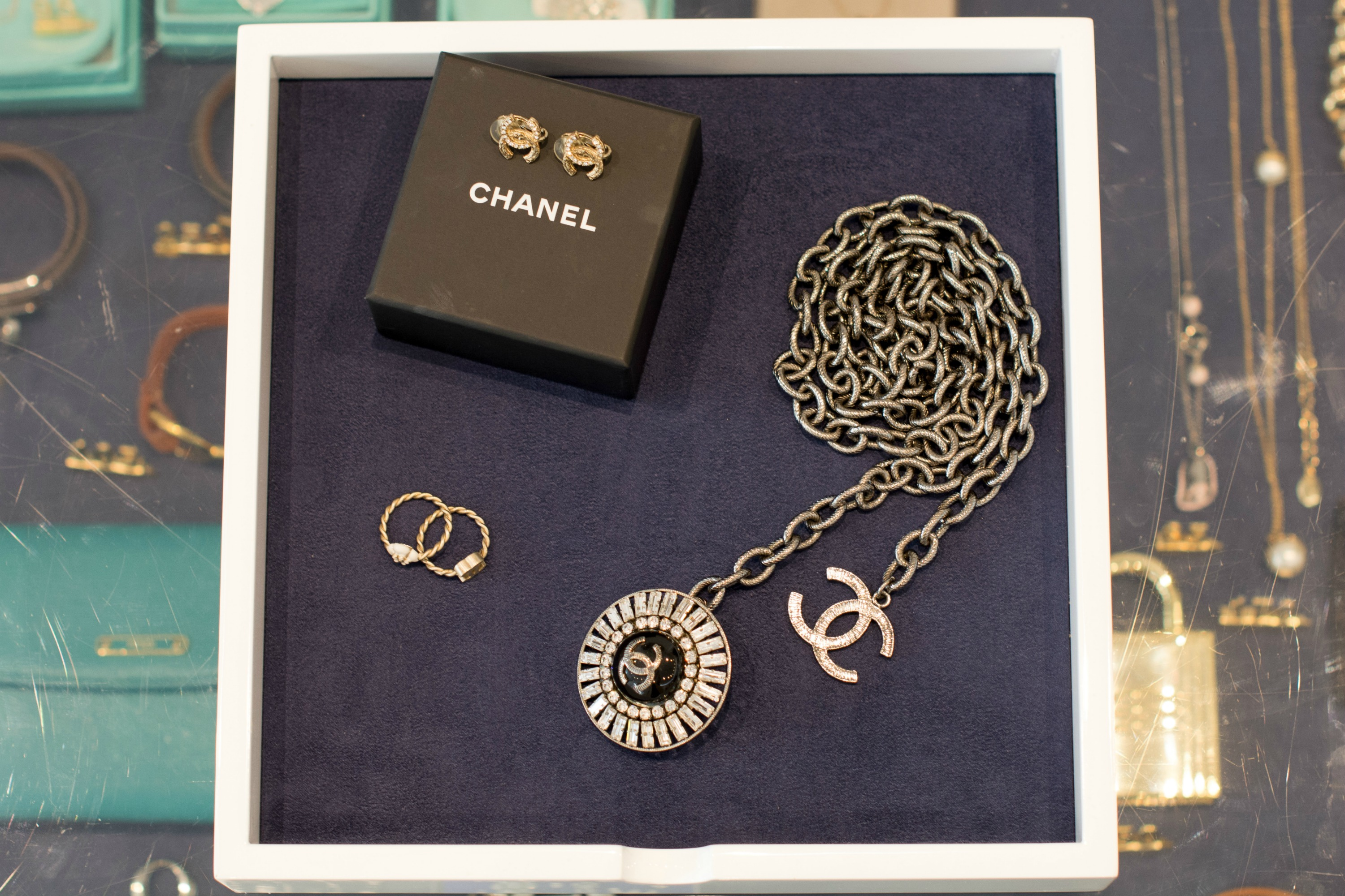 best-pre-loved-chanel-jewellery--london