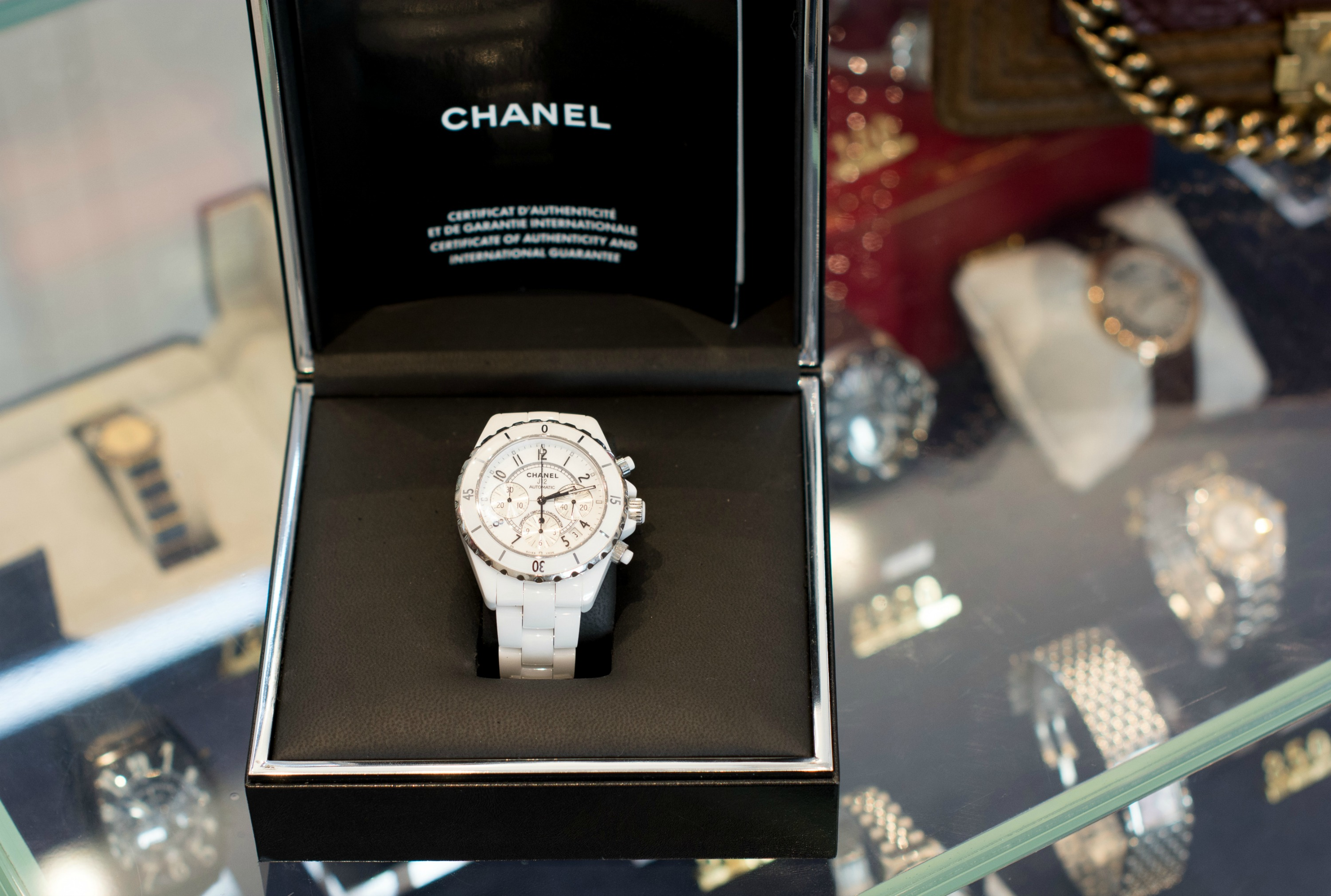 best-pre-loved-designer-chanel-watch-london
