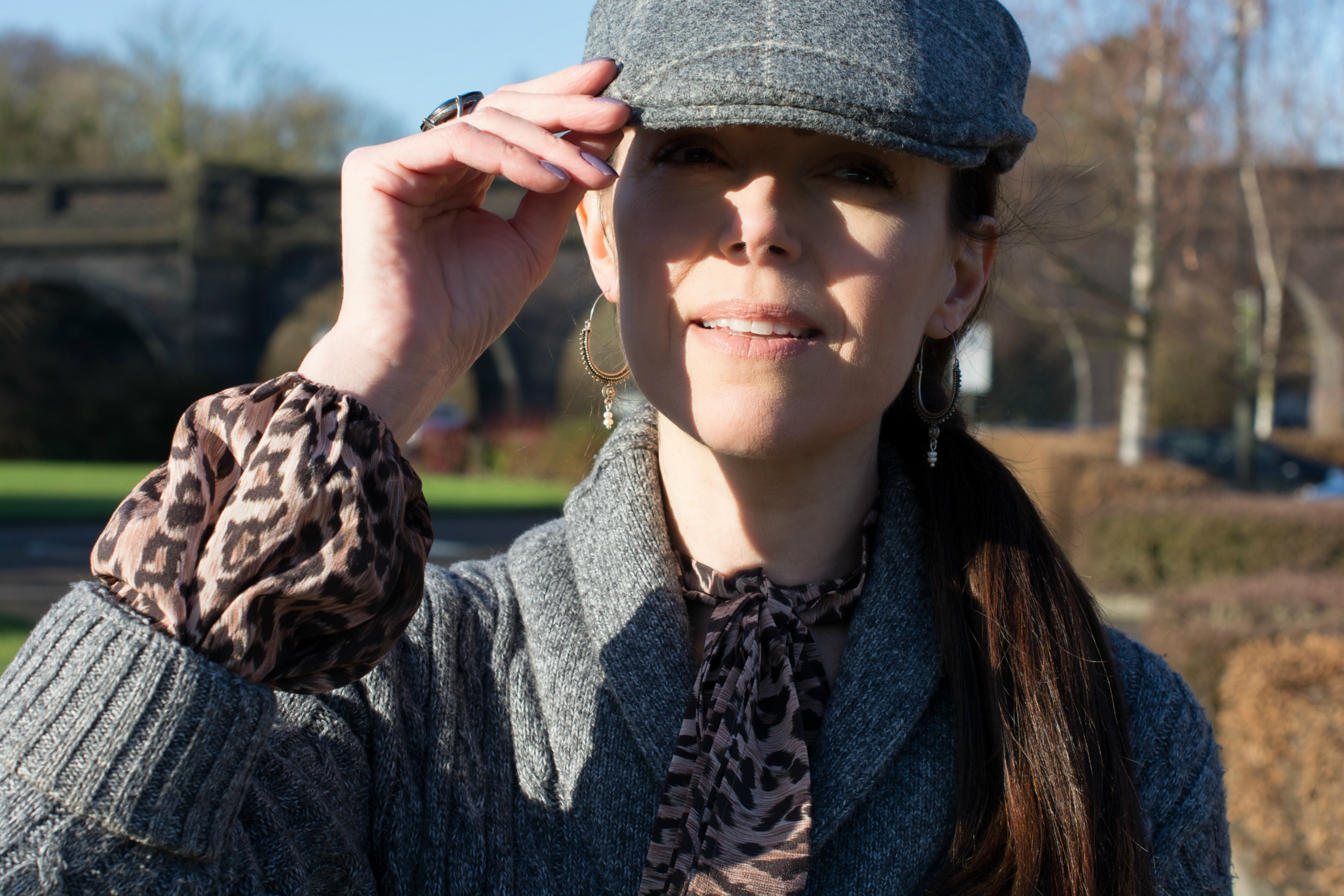 how-to-style-a-flat-cap-womens-fashion