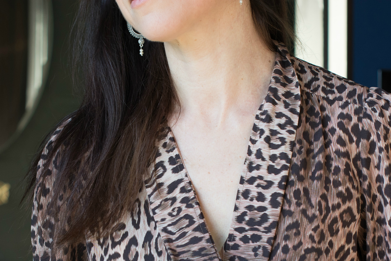 rixo-leopard-print-pussy-bow-blouse3