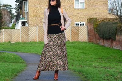 How-I-wear-my--maxi-skirt-with-boots